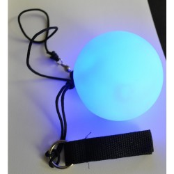 Poi Lumineux / Light Up Ball on a Cord